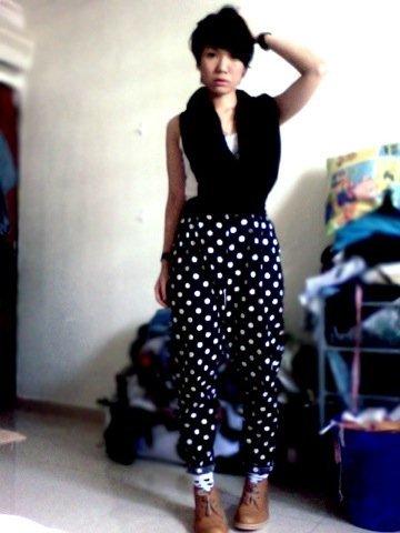 Lunares moda look calle: pantalones