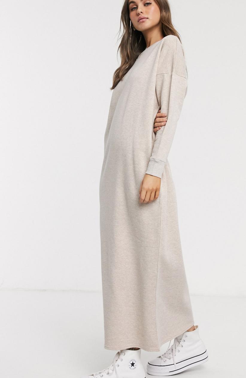 Vestido largo extragrande de punto en color avena de ASOS DESIGN