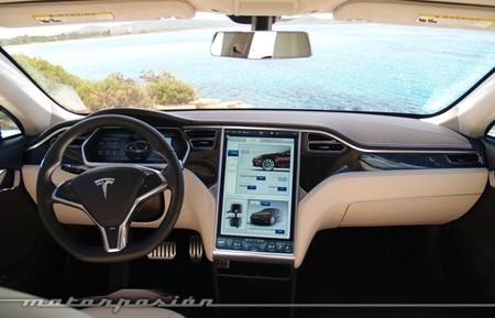 """Probamos el Tesla Model S, una """"ida de olla"""" y el enigma del BMW M4. La semana en el retrovisor LXVI"""