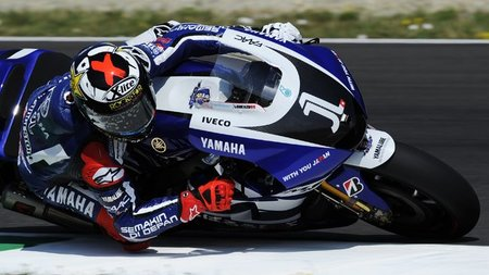 MotoGP Italia 2011: Jorge Lorenzo culmina el triplete español en Mugello
