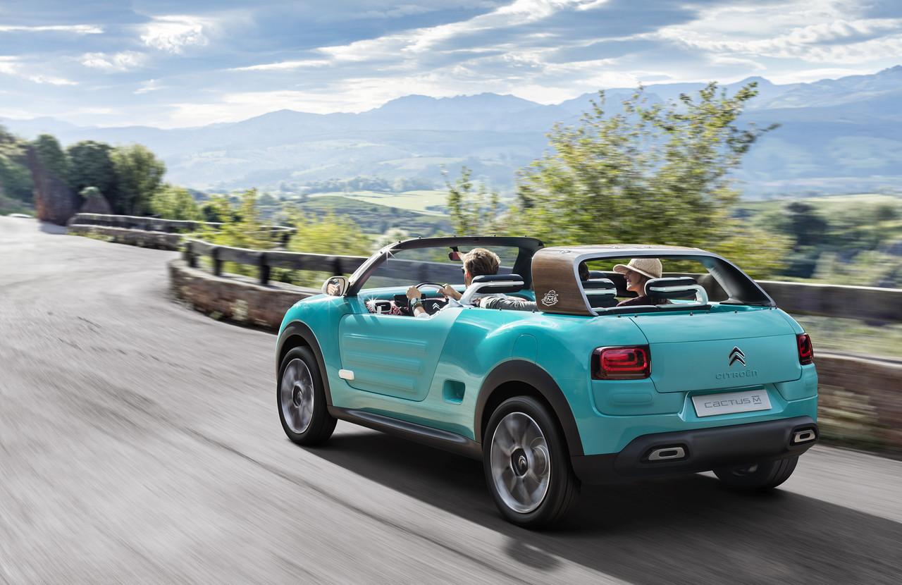 синий автомобиль citroen cactus m бесплатно