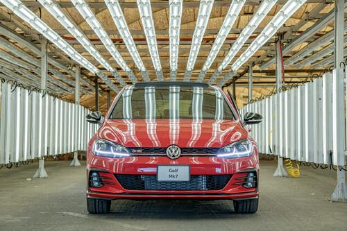 El Volkswagen Golf termina su producción en México, sin cerrar la puerta a una octava generación importada