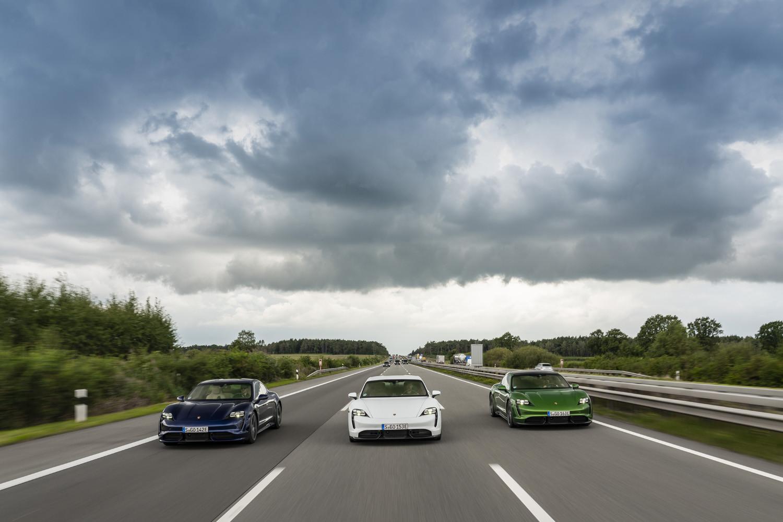 Foto de Porsche Taycan prueba contacto (115/275)
