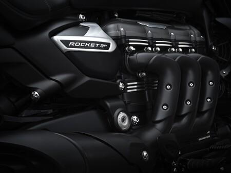 Triumph Rocket 3 R Black 2021 016