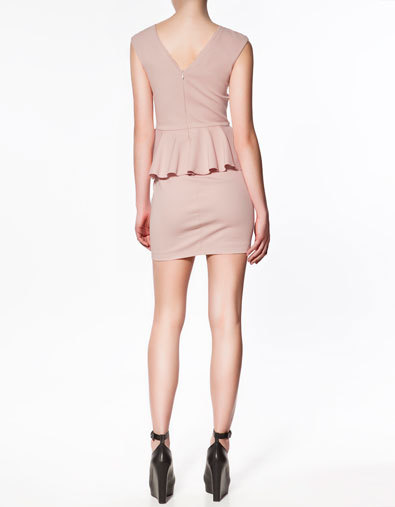 Los 15 vestidos de Zara que marcan tendencia esta Primavera-Verano 2012 ¿con cuál te quedas?