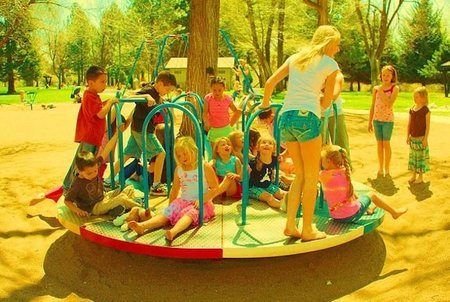Una idea a imitar: parques con zonas accesibles para niños con problemas de movilidad