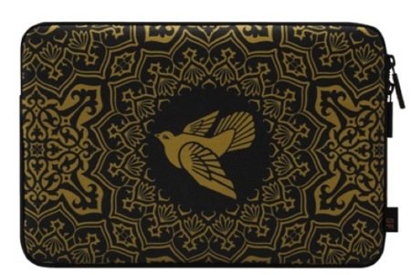 Colección limitada de InCase en colaboración con Shepard Fairey