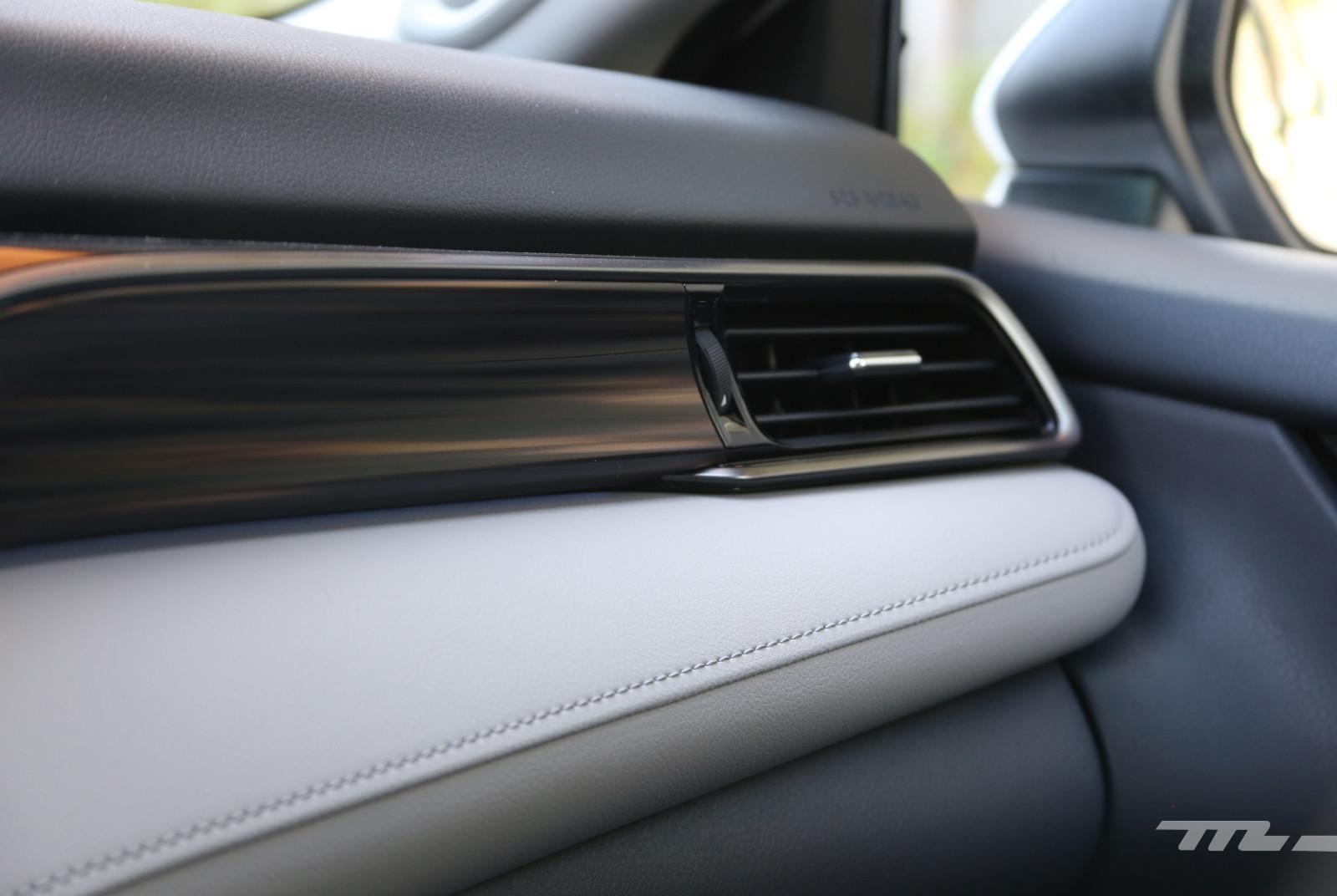 Foto de Toyota Camry Hybrid (prueba) (17/21)