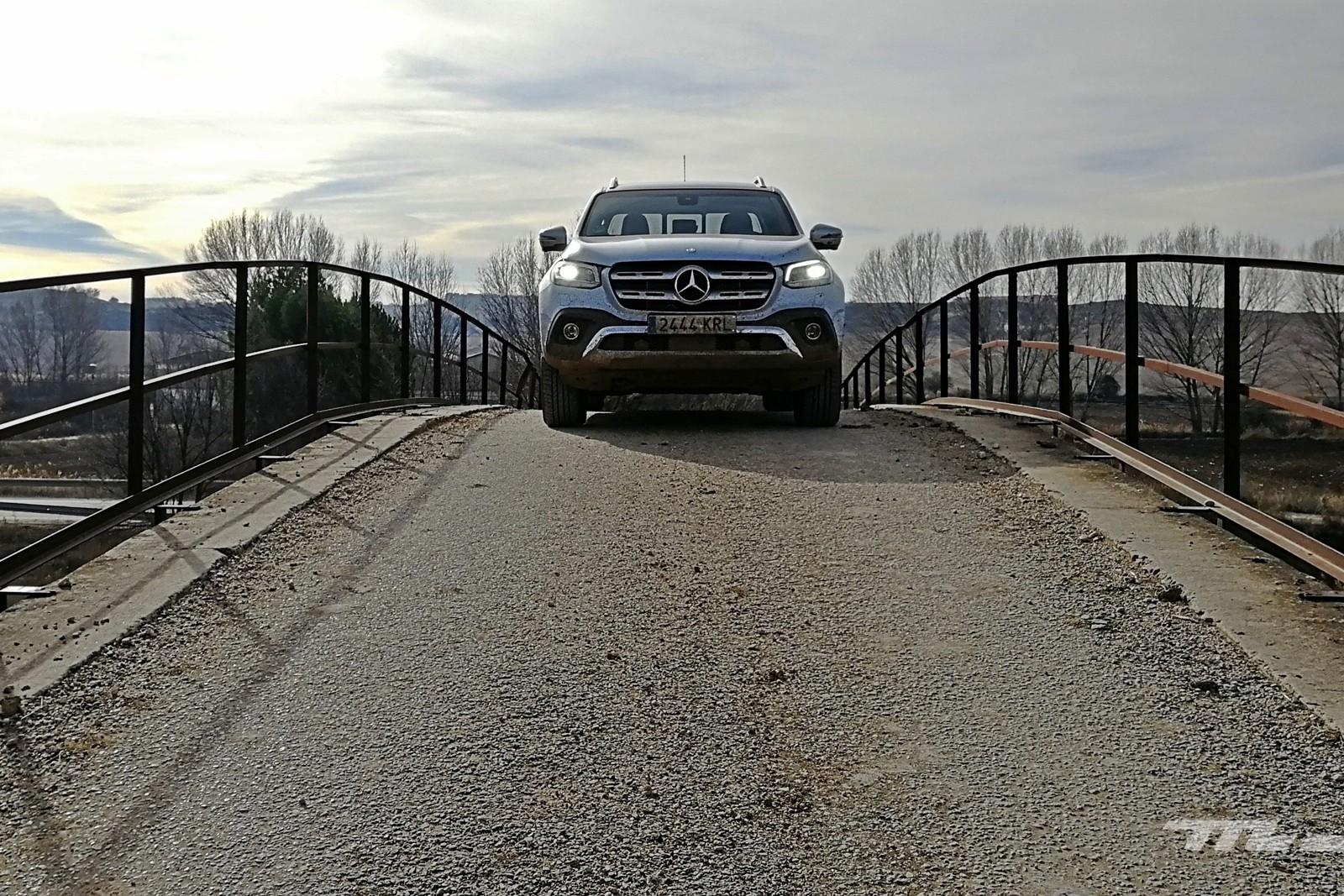 Foto de Mercedes-Benz Clase X 350d 2019 prueba contacto (13/78)
