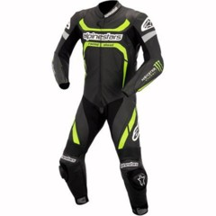 alpinestars-lanza-la-coleccion-monster-para-profesionales-y-amateurs-2