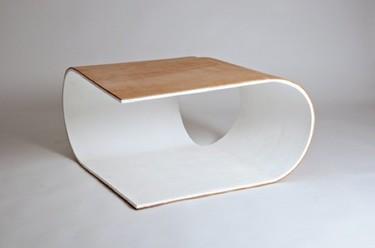 Mirtillo, una mesa de forma muy sencilla