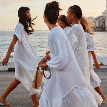 No solo las novias visten de blanco (y van radiantes) y H&M nos lo recuerda con estas delicadas piezas de su nueva colección