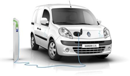 ¿Por qué no se venden más coches híbridos y eléctricos? Pregunta en tu concesionario