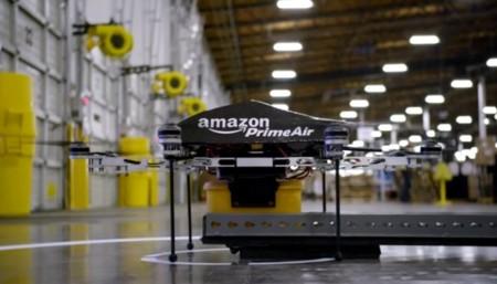 El futuro dron repartidor de Amazon podrá seguirte hasta entregar tu paquete