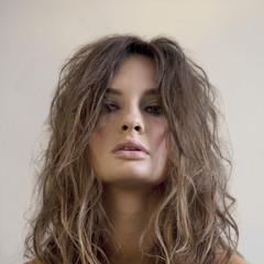 11-propuestas-muy-primaverales-e-ideales-para-el-cabello-del-estilista-rossano-ferretti