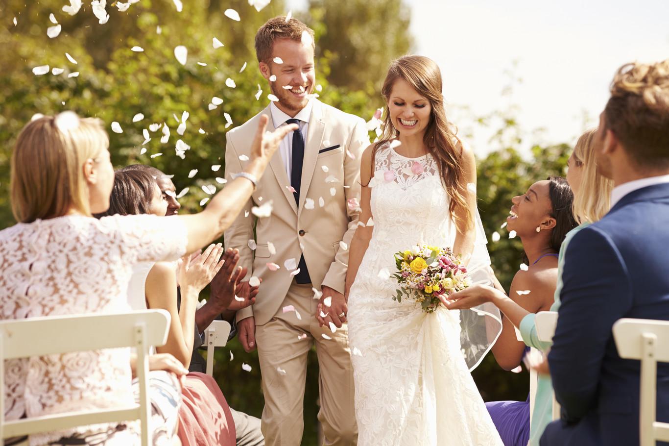 3bd75ad2c Lo que yo haría si me invitaran a una boda a la que no pueden ir los niños