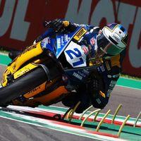 Randy Krummenacher gana una extraña carrera de Supersport en Imola gracias a una última vuelta loca
