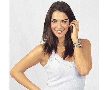 Lorena Bernal aplaza su boda