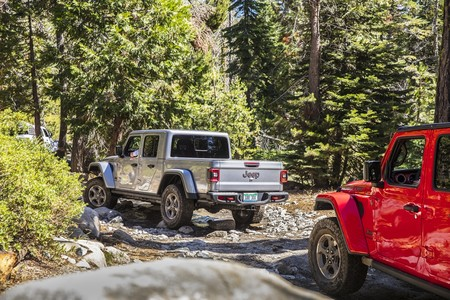 Jeep Gladiator 2020 1
