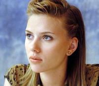 Scarlett Johansson cantará para las tropas americanas en Irak