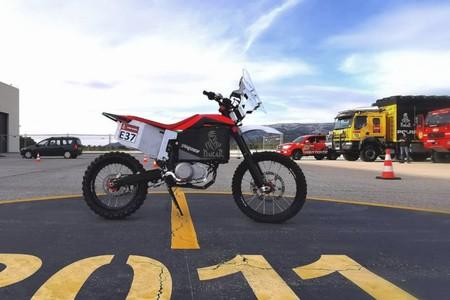 La Tacita T-Race Rally será la primera moto eléctrica en correr el Dakar 2020, aunque solo en la última etapa