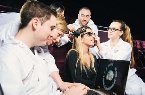 Ver películas en 3D,  ¿mejora tu capacidad cerebral?