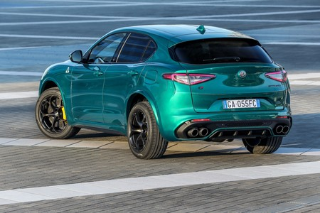 Alfa Romeo Stelvio Quadrifoglio 2020 2