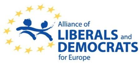 ALDE, tercer grupo del Parlamento Europeo, rechaza el ACTA