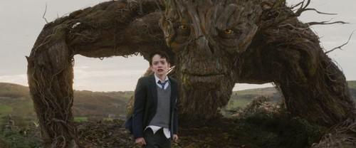 Estrenos de cine | 7 de octubre | Un monstruo viene a vernos
