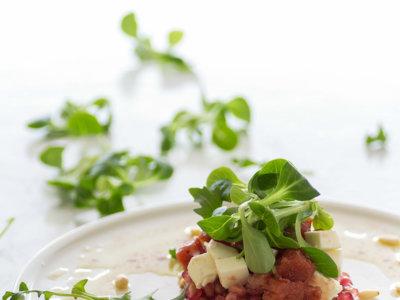 Ensalada de granada, membrillo y queso de oveja. Receta del chef Jaume Subirós