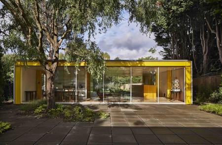 La emblemática Casa Richard Rogers en Wimbledon, inspiración primaveral a todo color