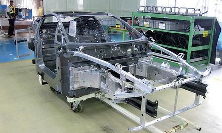 Toyota está pensando en producir componentes para sus coches en materiales compuestos de fibra de carbono
