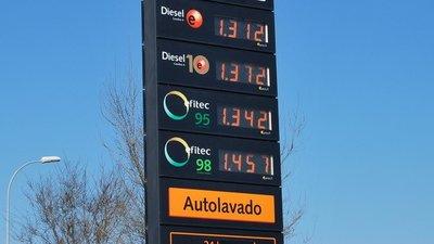 El precio del combustible sigue subiendo