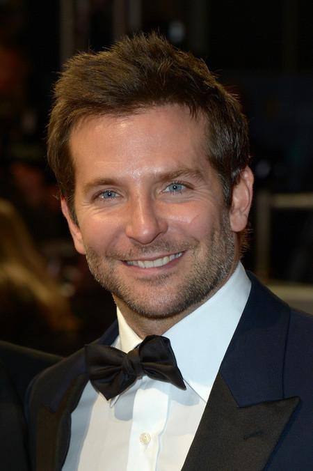 Bradley Cooper pajarita esmoquin