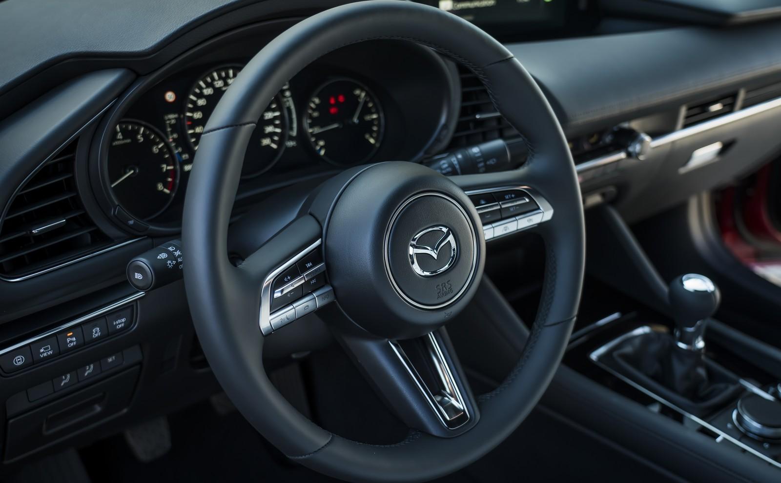 Foto de Mazda3 2019 (92/128)