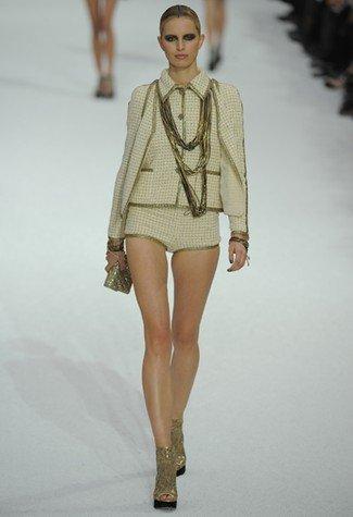 Chanel Primavera-Verano 2011 minishorts