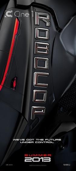Imagen con el cartel del remake de 'Robocop'