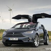 Tesla tenía baterías capadas en algunos modelos, y las ha liberado en Florida para favorecer la evacuación