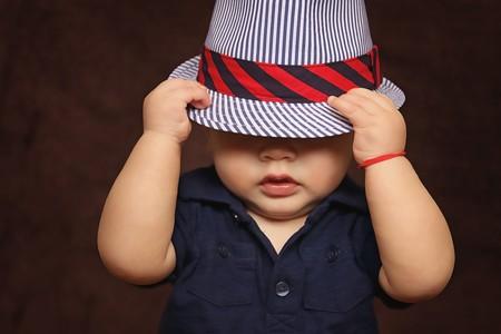 A los niños pequeños se les da fatal esconderse, y los psicólogos tienen una nueva teoría al respecto