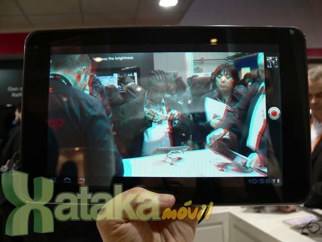Foto de LG Optimus 3D y LG Optimus Pad en el MWC (3/11)
