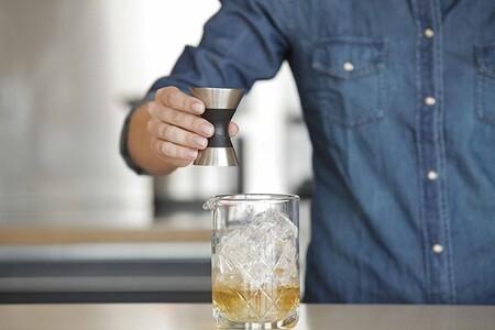Utensilios básicos para un bar en casa