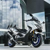 El Yamaha TMax SX Sport Edition ya tiene precio: 14.199 euros para el maxiscooter más deportivo
