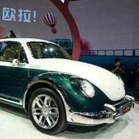 La última aportación china a la fiebre de coches eléctricos vintage se llama Ora Punk Cat, un Escarabajo para el siglo XXI