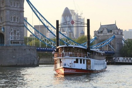6to6-EuropeTour Cena en Barco en Londres