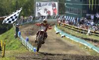 Antonio Cairoli y Jeffrey Herlings siguen camino a los títulos de MX1 y MX2