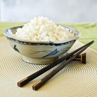 Cómo comer con palillos chinos