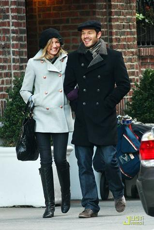 Cameron Díaz y su novio, abrigados y conjuntados por Nueva York