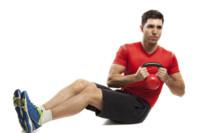 Los cinco mejores ejercicios para trabajar el abdomen con kettlebells