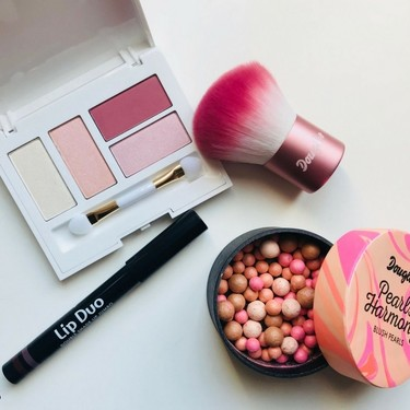 Descubrimos lo nuevo de Douglas Makeup para esta primavera: una oda al rosa y a la naturalidad