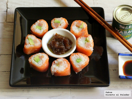 Makis de salmón con aguacate y bonito en salazón. Receta de Navidad